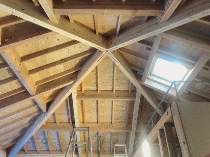 鎌倉山の住宅 屋根架構完了